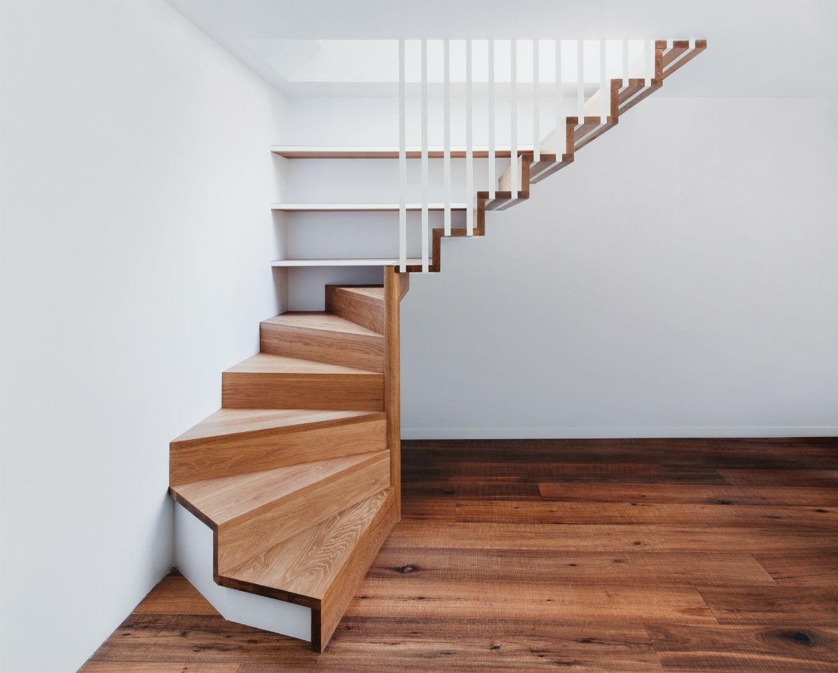 лестницы на второй этаж достоинства