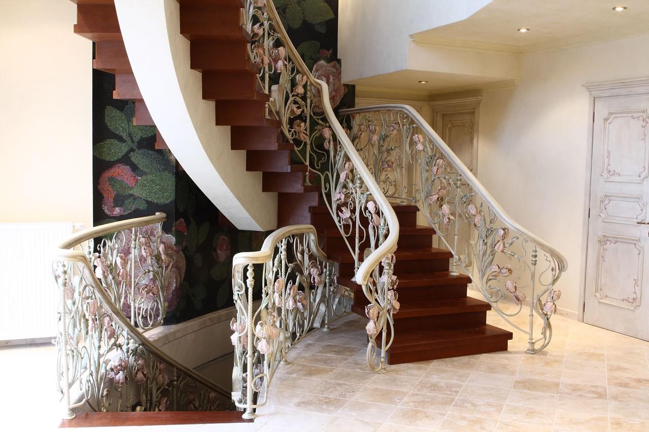 элитные лестницы на заказ преимущества